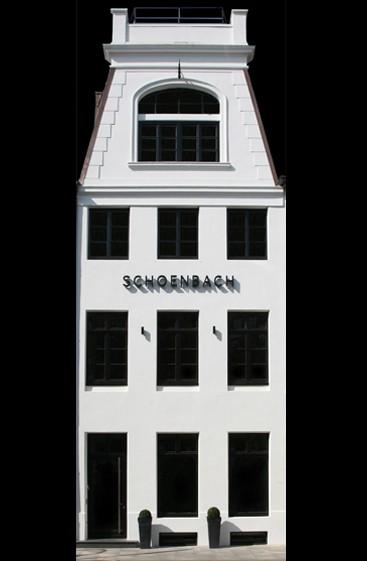 townhouse_black
